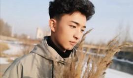 青海藏族小帅哥,清新秀气,阳光可爱!