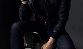 黑皮夹克果然是男人的最佳搭配