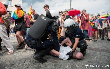 """波兰:对抗""""无LGBT""""运动,网民发起""""我是LGBT""""运动 同志新闻 第7张"""