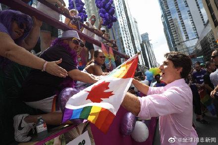 加拿大总理特鲁多又一次参加LGBT骄傲游-行 同志新闻 第3张
