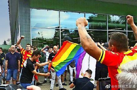 """波兰:对抗""""无LGBT""""运动,网民发起""""我是LGBT""""运动 同志新闻 第8张"""