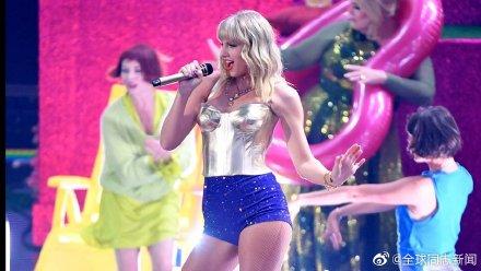 歌手Taylor Swift获MTV大奖,颁奖典礼演唱和发言力挺LGBT平权 同志新闻 第5张