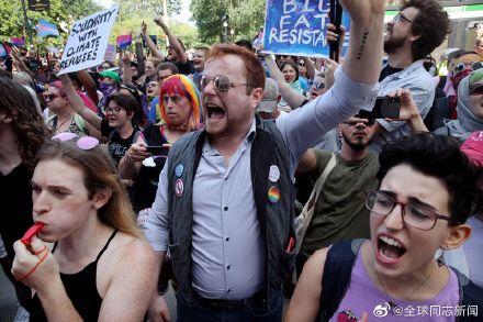 美国波士顿:异性恋骄傲游-行在争议声中登场 同志新闻 第9张