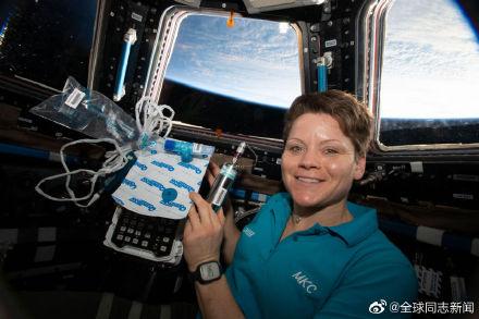 在国际空间站住了半年的美国女宇航员有同性配偶 同志新闻 第2张