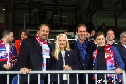 卢森堡和塞尔维亚:同性恋首相接待同性恋总理,同性伴侣也都在场 同志新闻 第4张