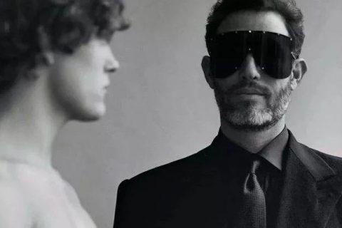 这组时尚大片好精彩,两位男模演绎凄惨爱情故事!
