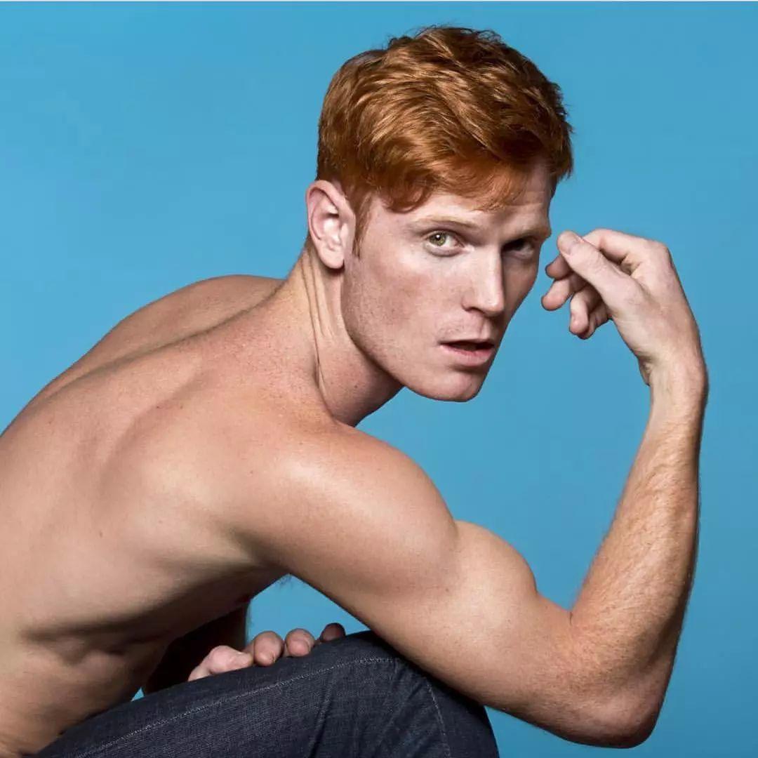 我想吃的红发男孩Daniel Newman公开了男友,竟然是小电影里的美1