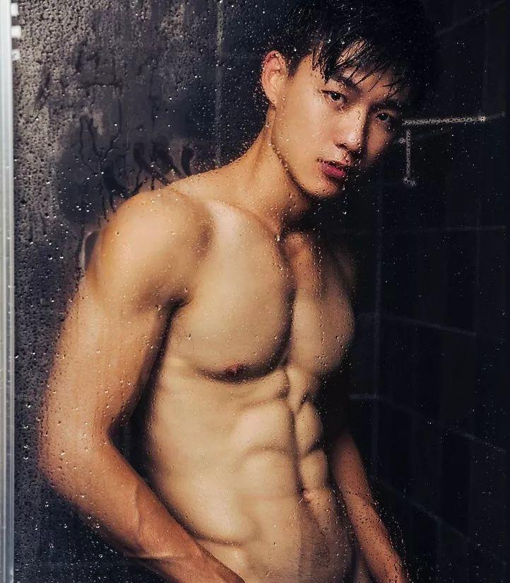 超Hot游泳教练最新硬照一览,真的超可以!