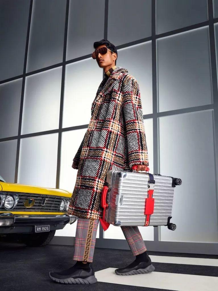 新的Fendi广告男模,99年的英国男孩Ben Sherrell