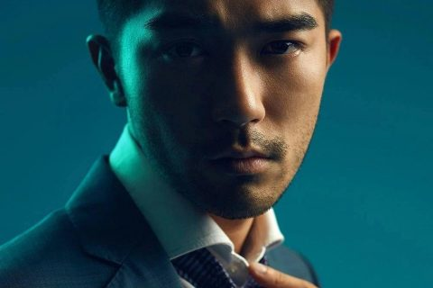一米七的香港小学老师签约日本公司当男模,这张脸确实挺好看!