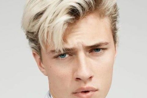 Lucky Blue Smith 破纪录了!