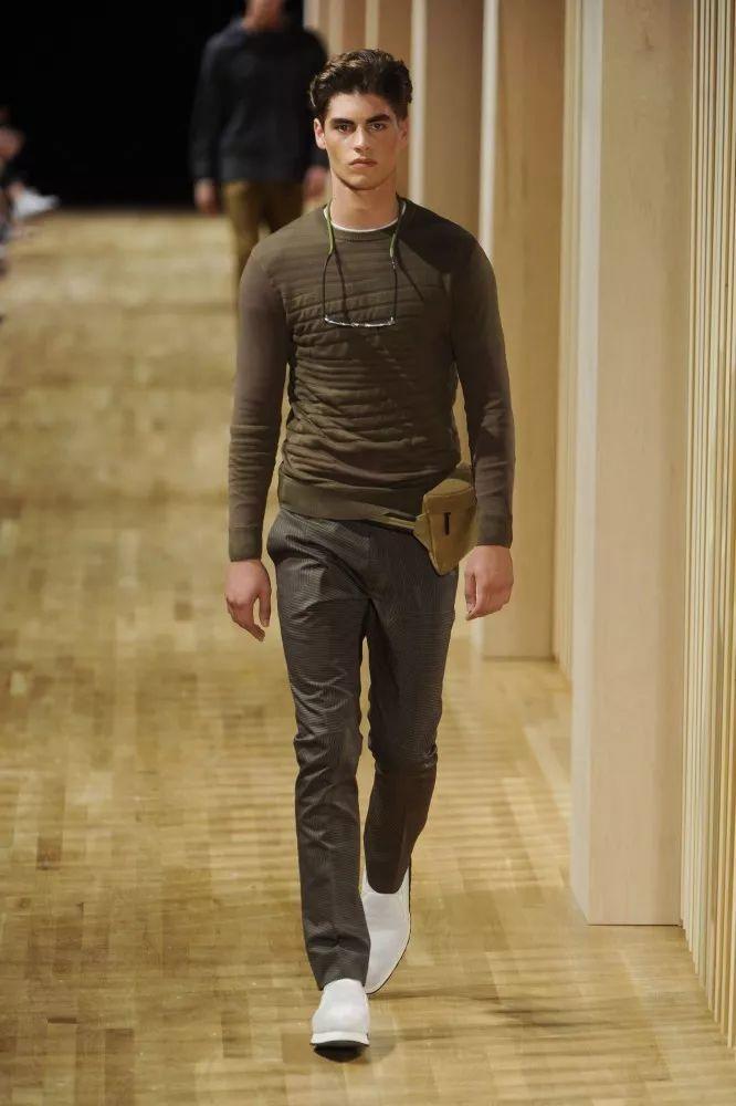 比利时男模Dennis Van Steenwinkel,他的眉毛真的太美了!