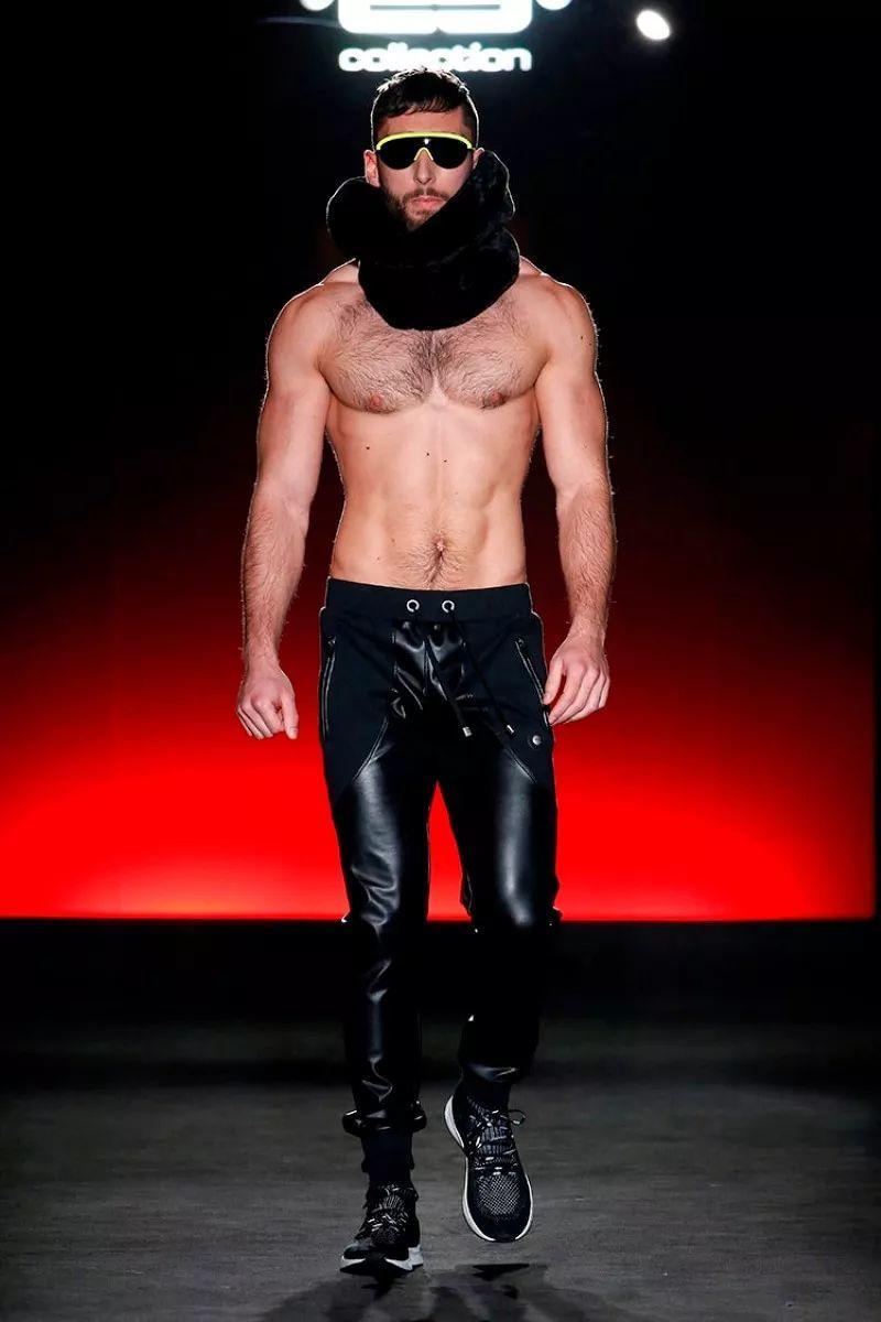 """满屏大长腿+方胸筋肉男模,这场秀堪称""""男版维密""""!"""