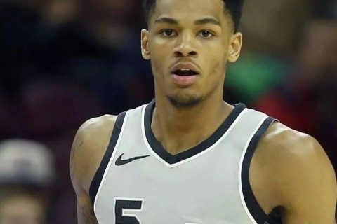 今天看NBA转播,发现了我的理想型Dejounte Murray