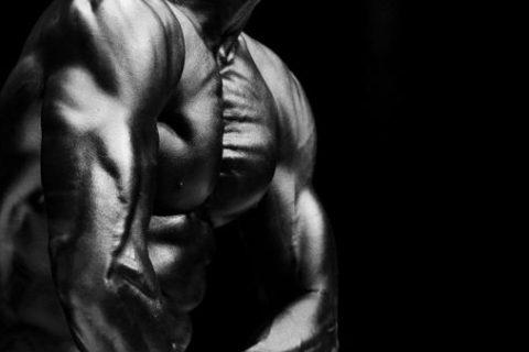 拥有十块腹肌是种怎样的体验?