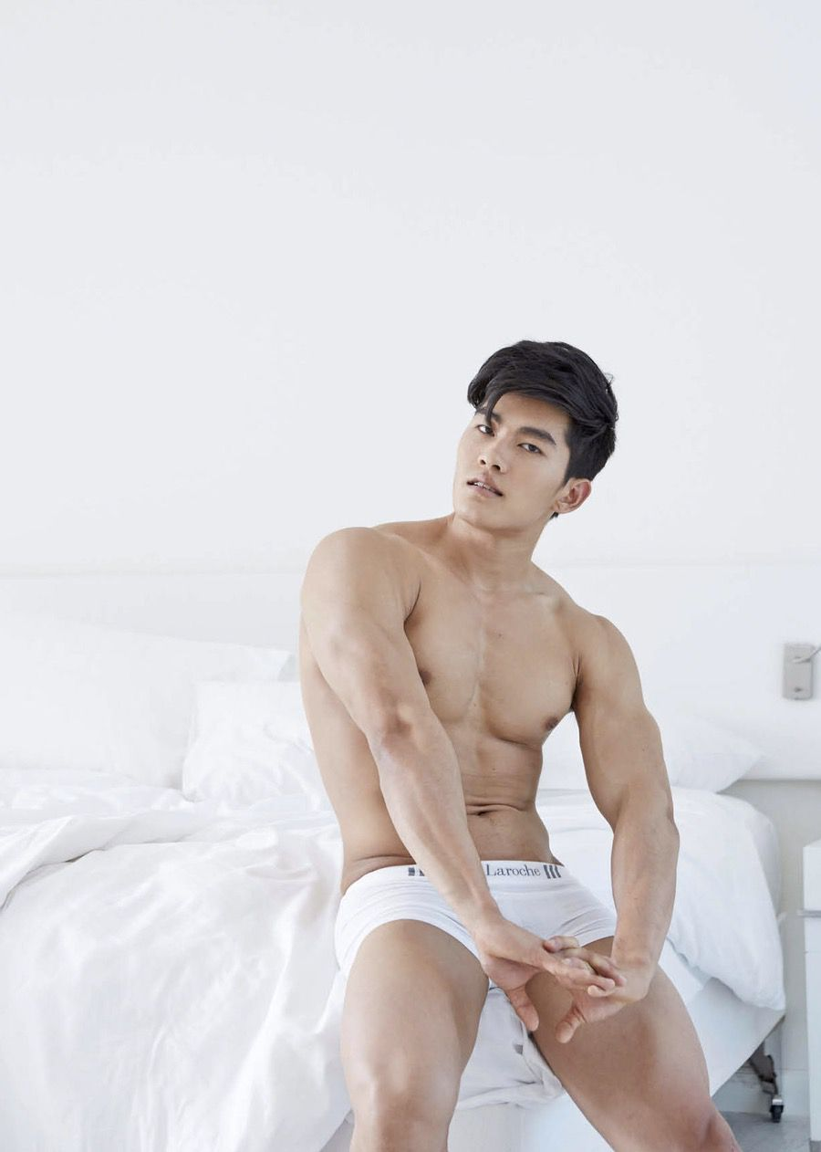 【写真】肌肉版的邓伦,壮硕胸肌超加分