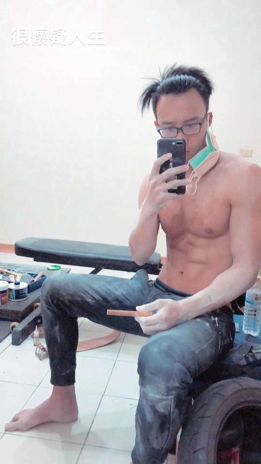爆肌轻艇国手吴士良 / 吴堂绿