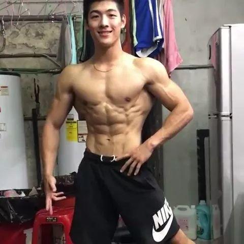 健身教练 & 玩酷子弟男模吴泓毅