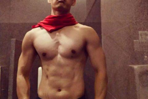 肌肉素人的结实好身材