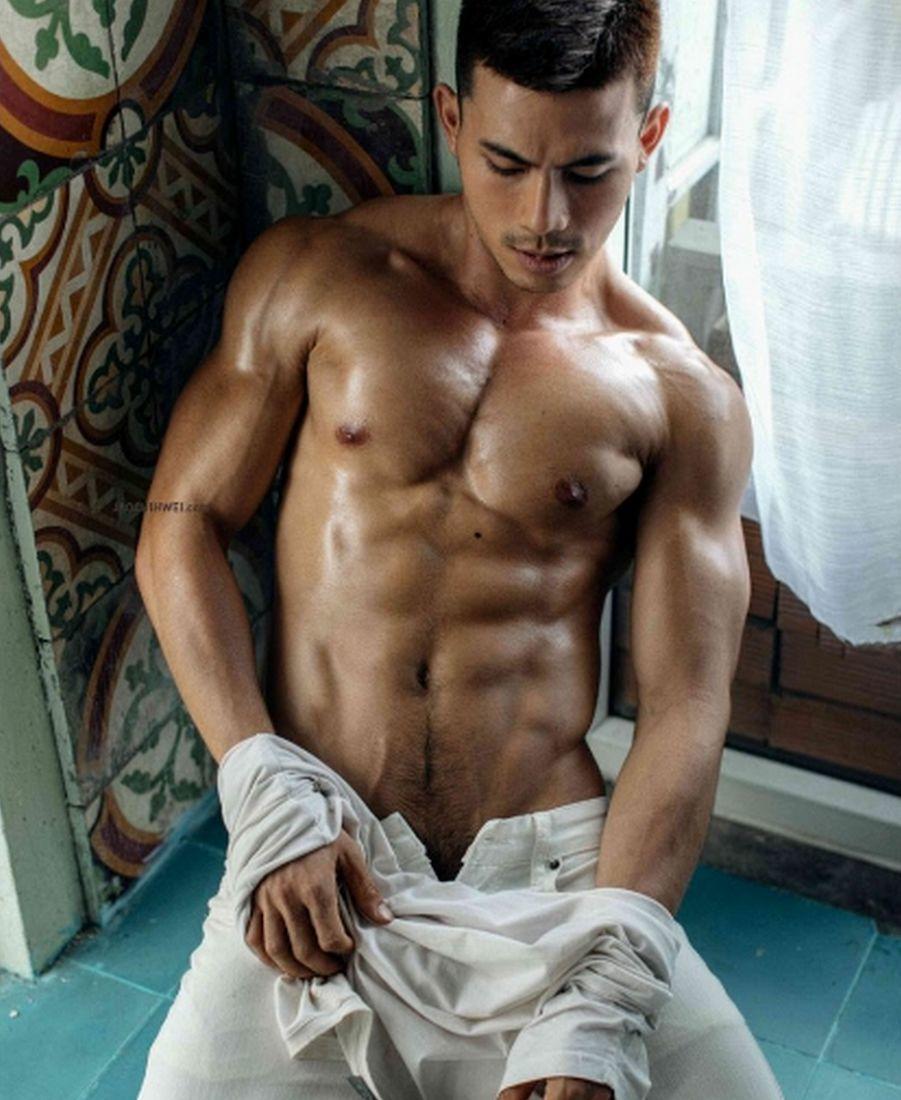越南网红与他的劲道好身材。