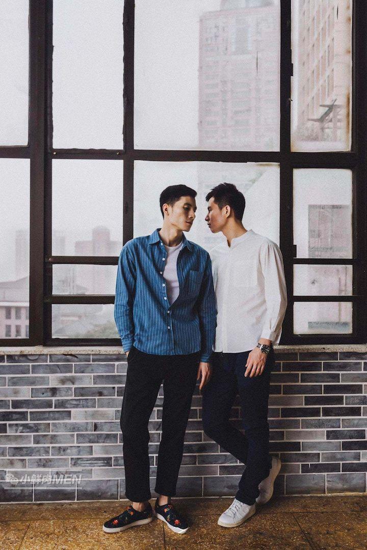 重庆的一对甜蜜情侣~