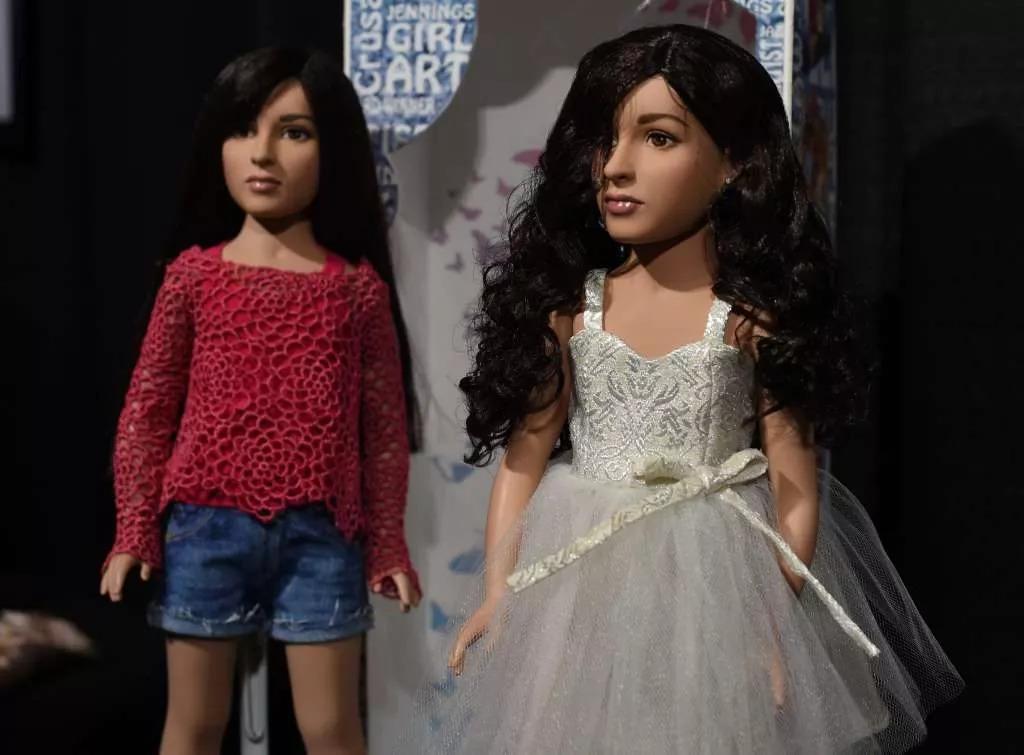 芭比公主竟然有丁丁!它是全球第一个跨性别娃娃~