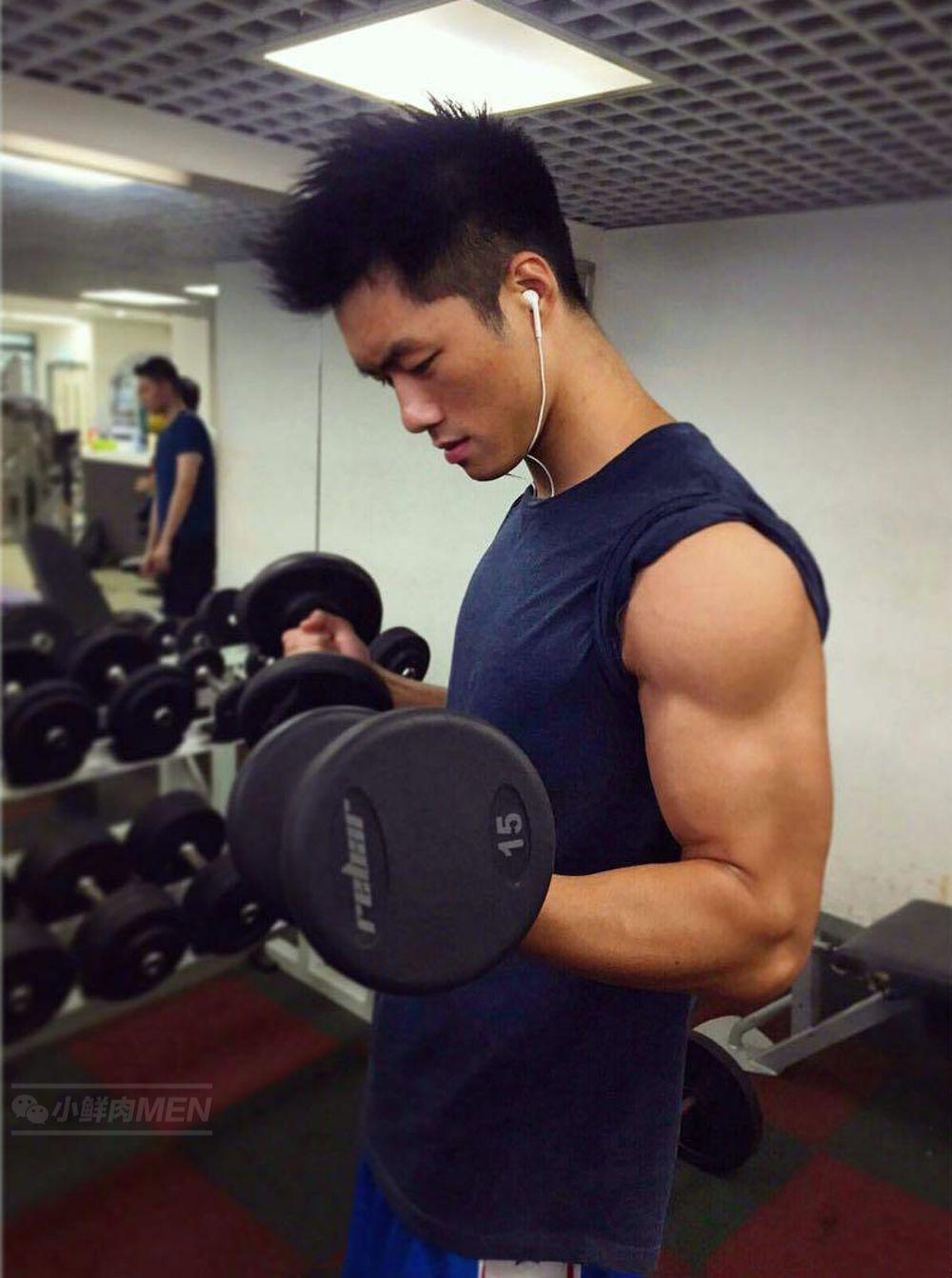 香港健身私教WAI KIN