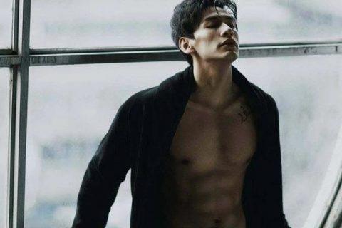 重庆的一个文艺肌肉男。