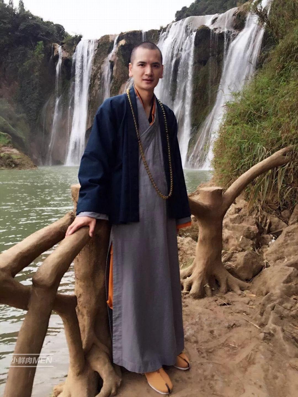 中国最帅的80后和尚。