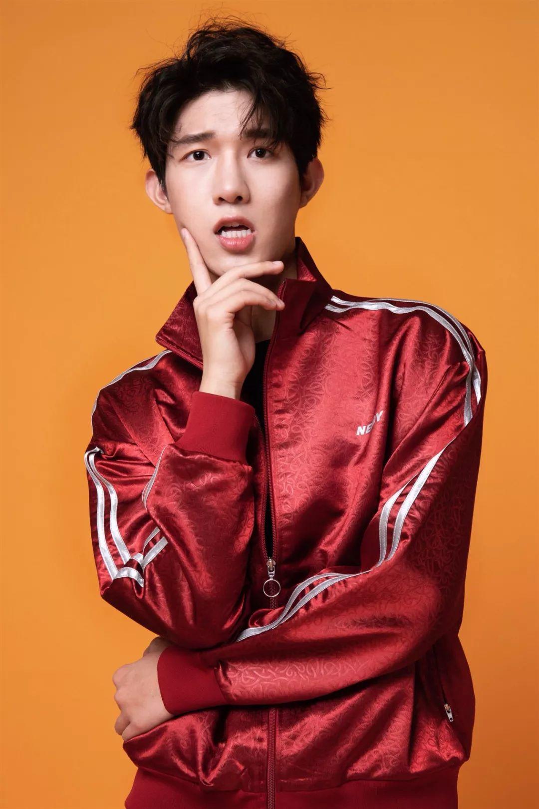 中国传媒大学的新晋小鲜肉~【微博:惠灵顿男孩】