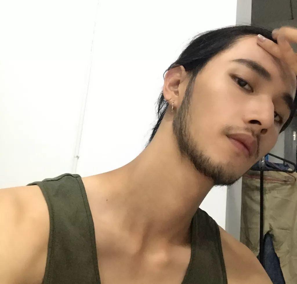 他是中国最帅的长发型男,你有异议吗?